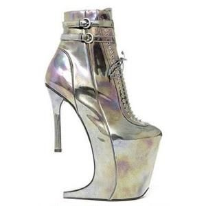 Ugly Shoe of the Week: Nina Ricci boots