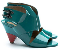 Play the Shoe Stylist: Chloe's patent crisscross buckle sandals