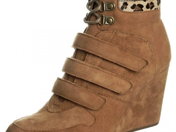Ugly Shoe of the Week: driving a wedge…